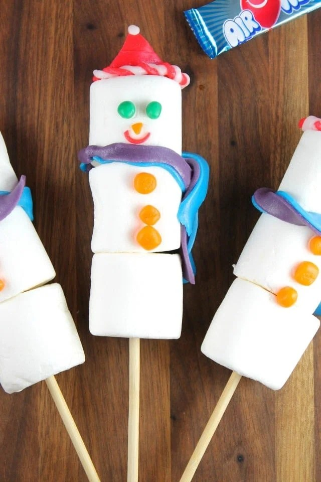 Airheads Snowmen Edible Craft from Miss in the Kitchen