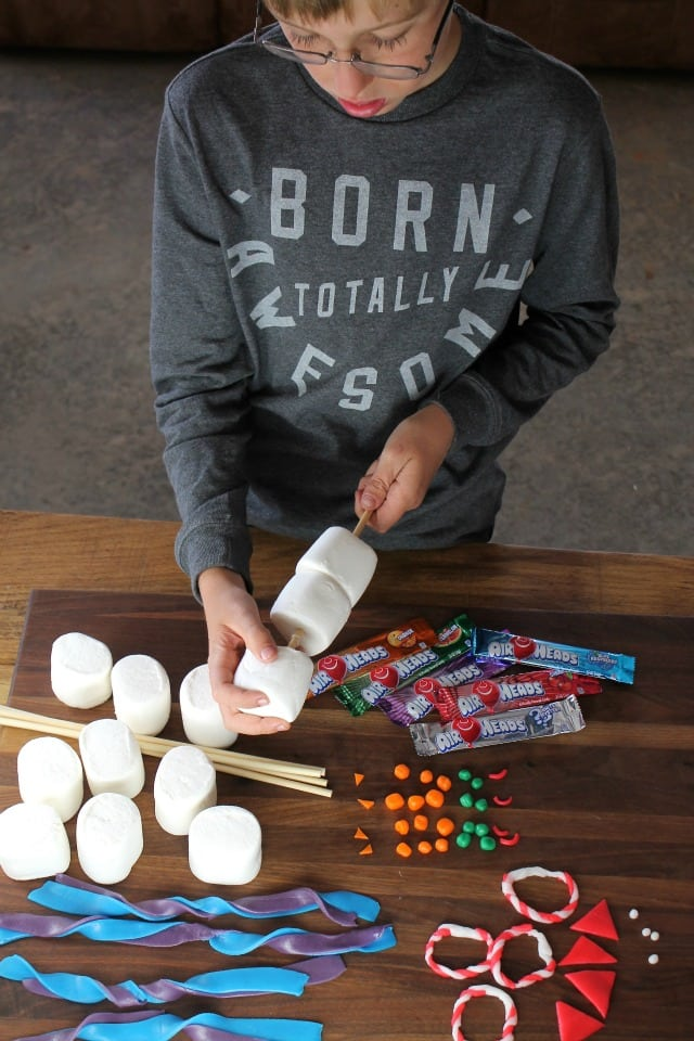Assembling the Airheads Snowmen ~ Miss in the Kitchen