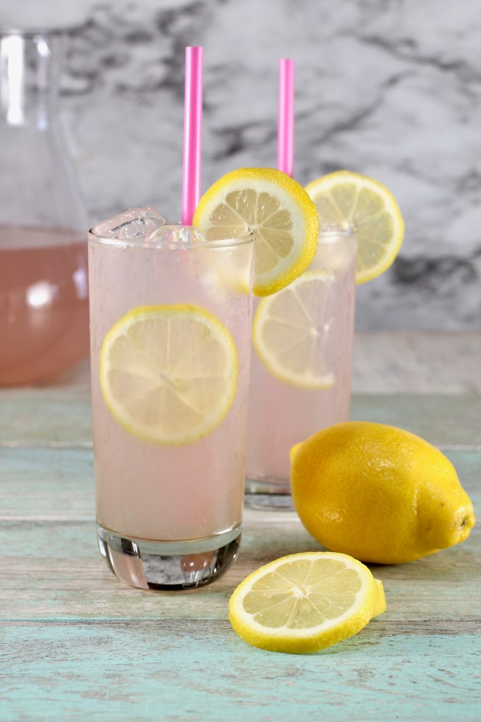 Moscato is one of my favorite wine varieties and it's great for mixing up party drinks like my Strawberry Wine Punch and myOrange Pomegranate Moscato Cocktail. Add in a little lemonade concentrate and some Sprite and you have yourself a delicious and refreshing cocktail! Simple, easy and delicious! You gotta love it.
