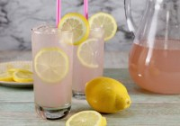 How to make Sarasota Lemonade with moscato wine