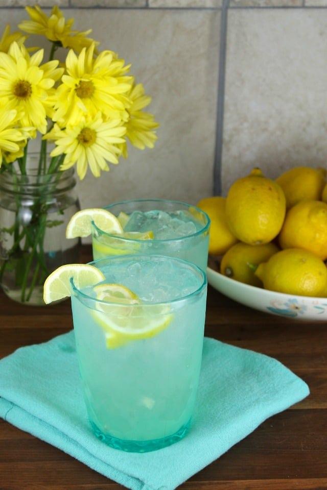 Homemade Lemonade Classic Recipe from MissintheKitchen.com #SpringInspired #ad