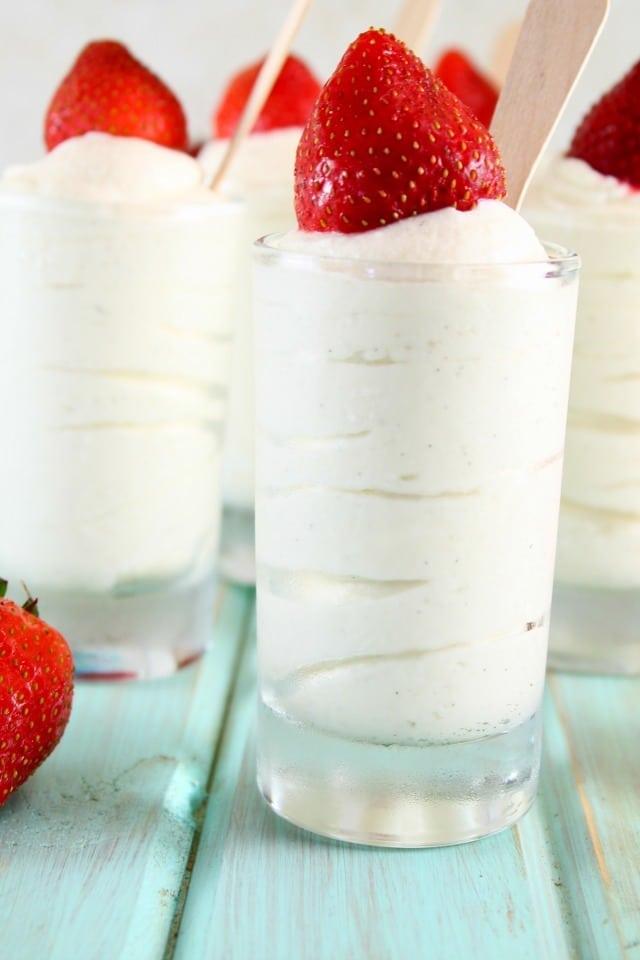 Easy No Bake Vanilla Bean Cheesecake Recipe from MissintheKitchen.com