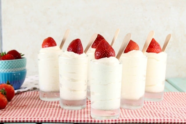 No Bake Vanilla Bean Cheesecake Recipe | MissintheKitchen.com
