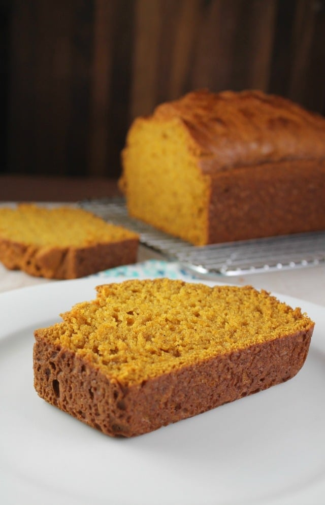 Easy Pumpkin Bread Recipe ~ quick and easy one bowl recipe! From MissintheKitchen.com