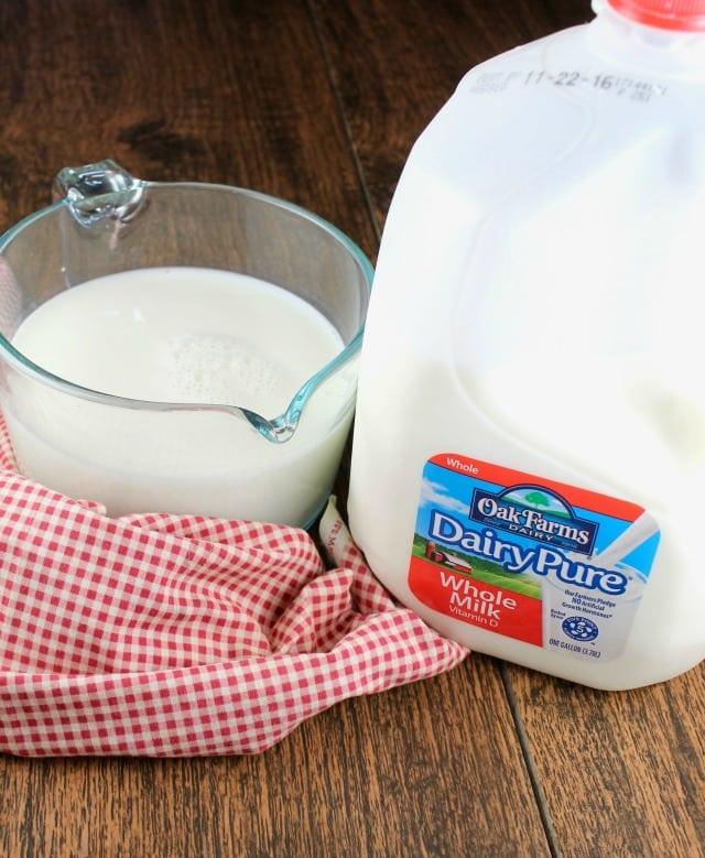 DairyPure milk for Creamy Ham and Potato Soup ~ MissintheKitchen.com #ad