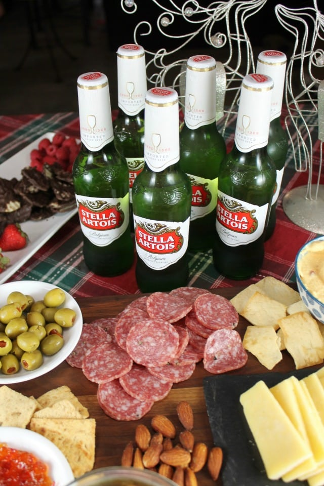 No Fuss Holiday Cocktail Party with Stella Artois ~ MissintheKitchen.com #ad