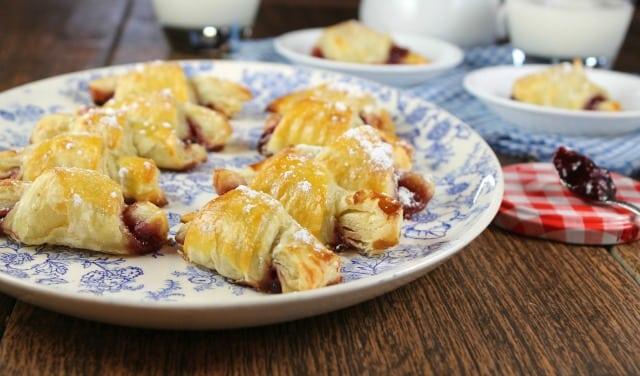 Mini Raspberry Croissants from French Desserts | MissintheKitchen