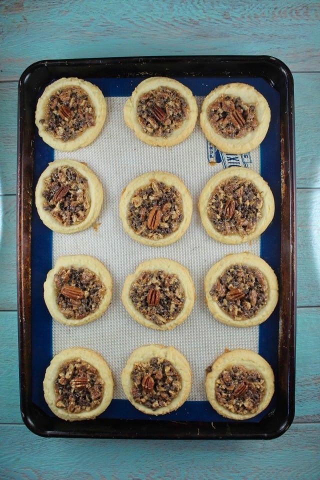 Pecan Pie Cookies for Bob's Red Mill #50StatesofCookies #ad MissintheKitchen.com