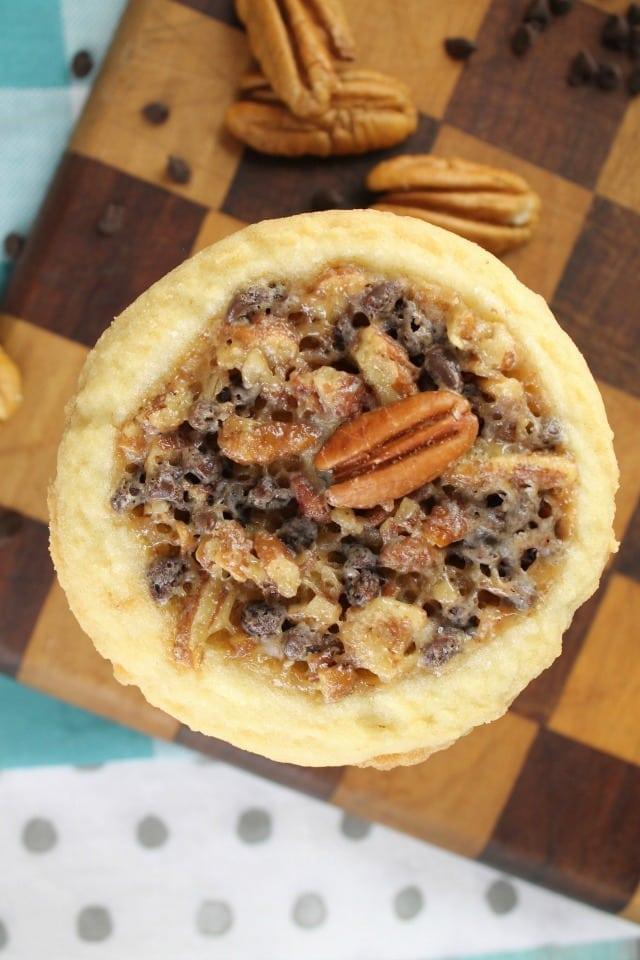 Pecan Pie Cookies Recipe ~ MissintheKitchen.com ~ Bob's Red Mill #50StatesofCookies #ad