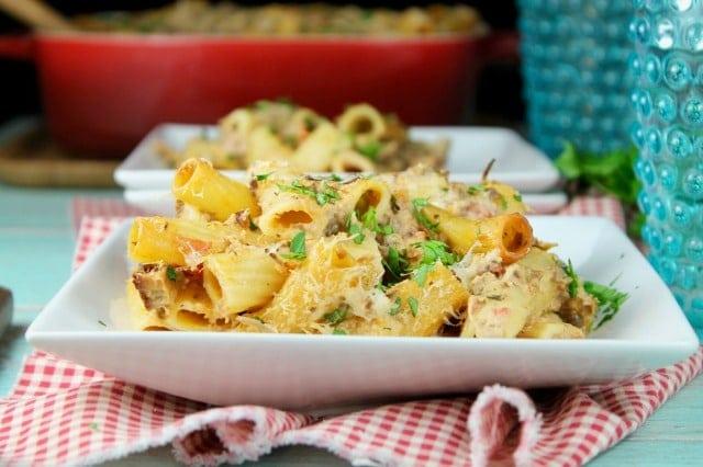 Cheesy Beef Rigatoni ~ Recipe from MissintheKitchen.com