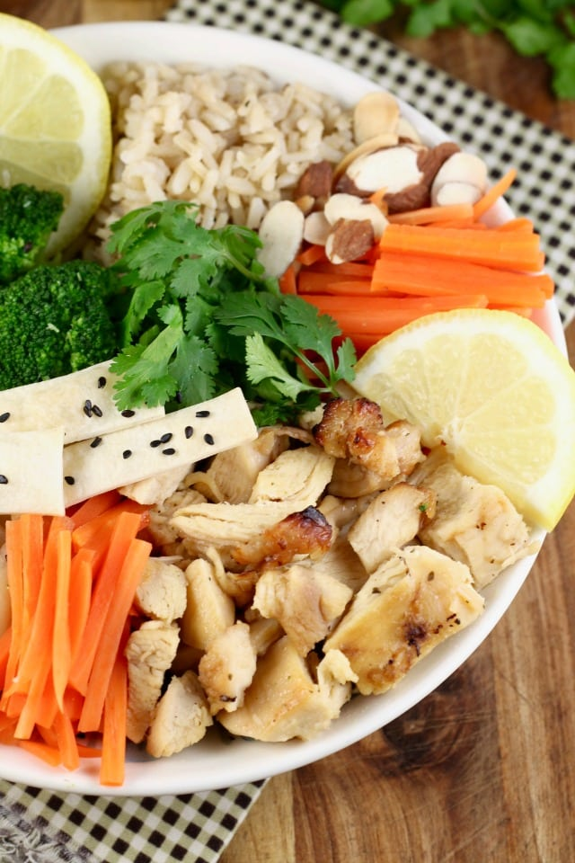 Great family dinner: Quick Lemon Chicken Broccoli Bowls Recipe from Miss in the Kitchen with Tyson & Wish-Bone #ad