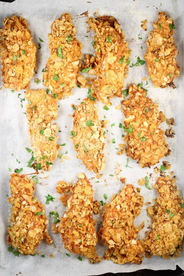 Delicious Crunchy Barbecue Chicken Tenders are a quick and delicious meal for any night of the week | MissintheKitchen.com