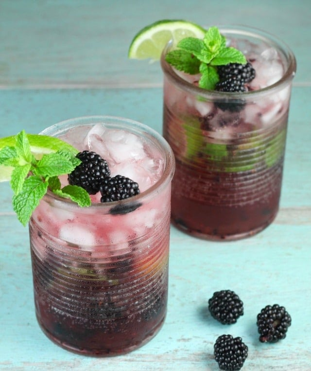 Easy Blackberry Mojitos Recipe ~ great for summer parties and made so simply with 7UP! Get the recipe and more at MissintheKitchen.com #ad #MixItUpALittle