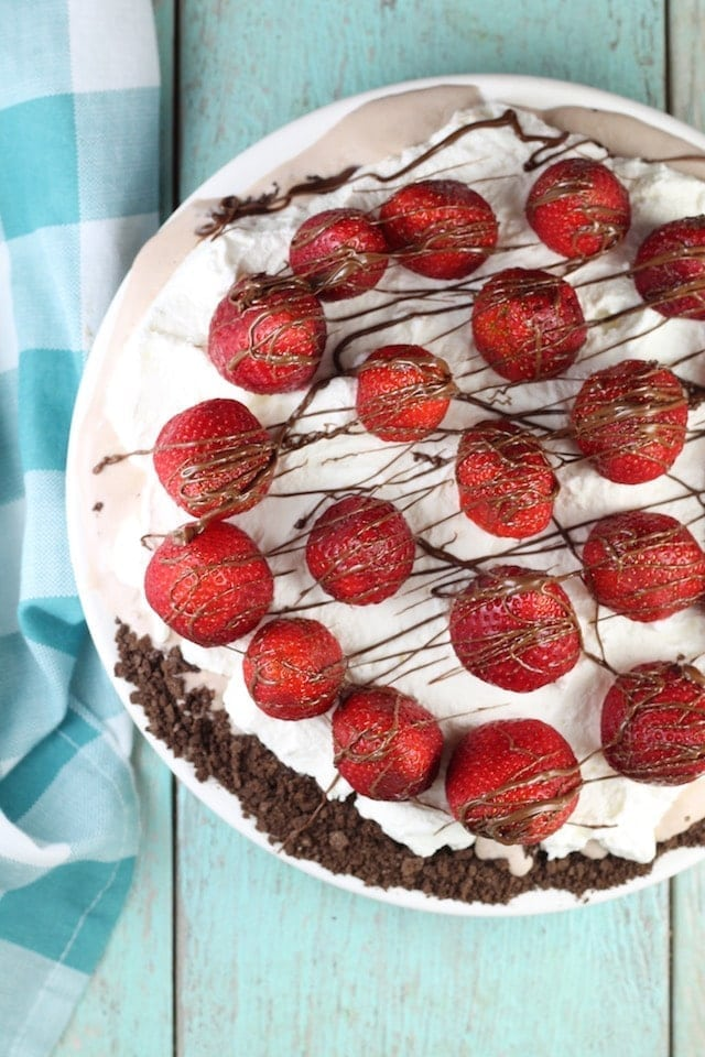 Hazelnut Gelato Pie Recipe from MissintheKitchen #sponsored by HemisFares