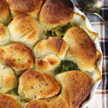Delicious Chicken Noodle Casserole Recipe ~ MissintheKitchen.com