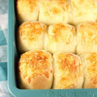 White Cheddar Potato Rolls Recipe from MissintheKitchen.com with @RedStarYeast #ad #holiday