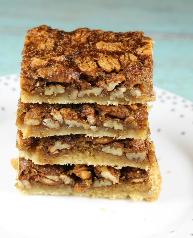 Brown Sugar Pecan Pie Bars Recipe from MissintheKitchen.com #ad @Walmart @Pillsbury #holiday #easydessert #christmas #thanksgiving
