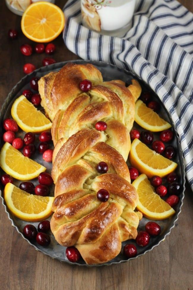 Orange Cranberry Braid Recipe perfect for the holidays ~ MissintheKitchen.com #ad @redstaryeast #holiday #bread #orange