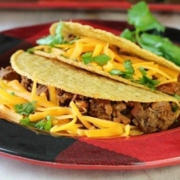 My favorite Brisket Tacos Recipe from missinthekitchen.com #tacos