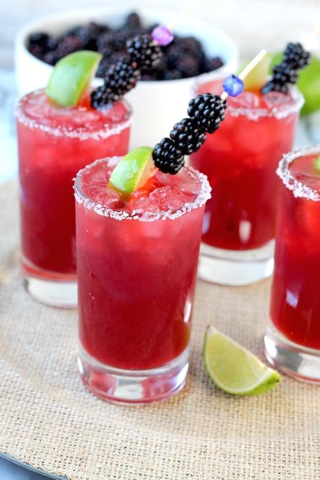 Easy Blackberry Margaritas with blackberries and limes