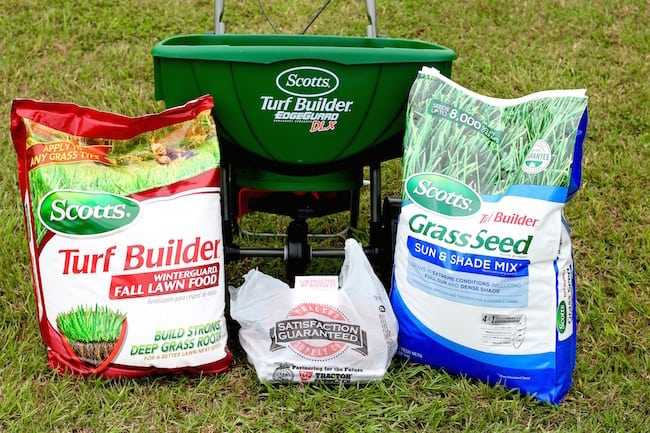 Scotts Turf Builder Products and Fall Lawn Care Tips