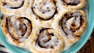 Raisin Bran Cinnamon Rolls