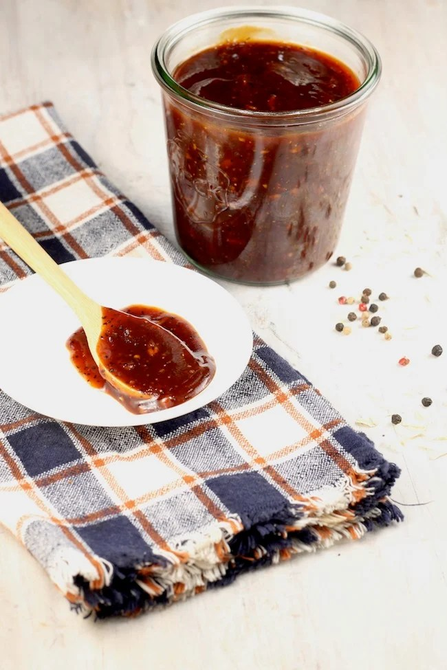 Thick and hearty Homemade Barbecue Sauce