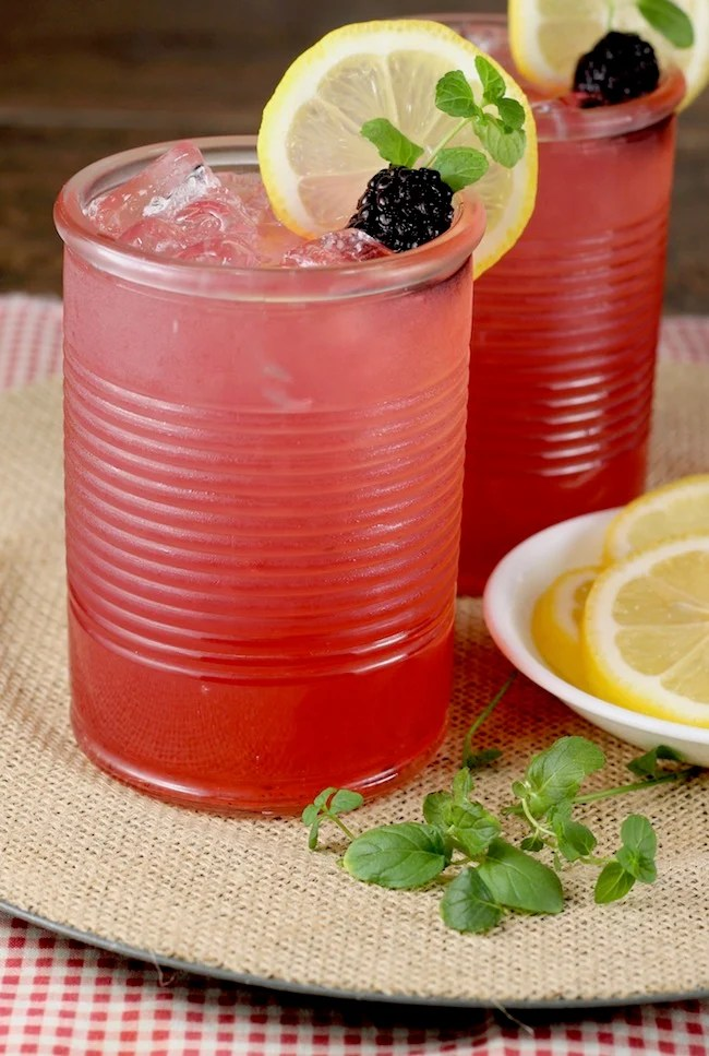 How to Make Blackberry Lemonade Moscato Punch