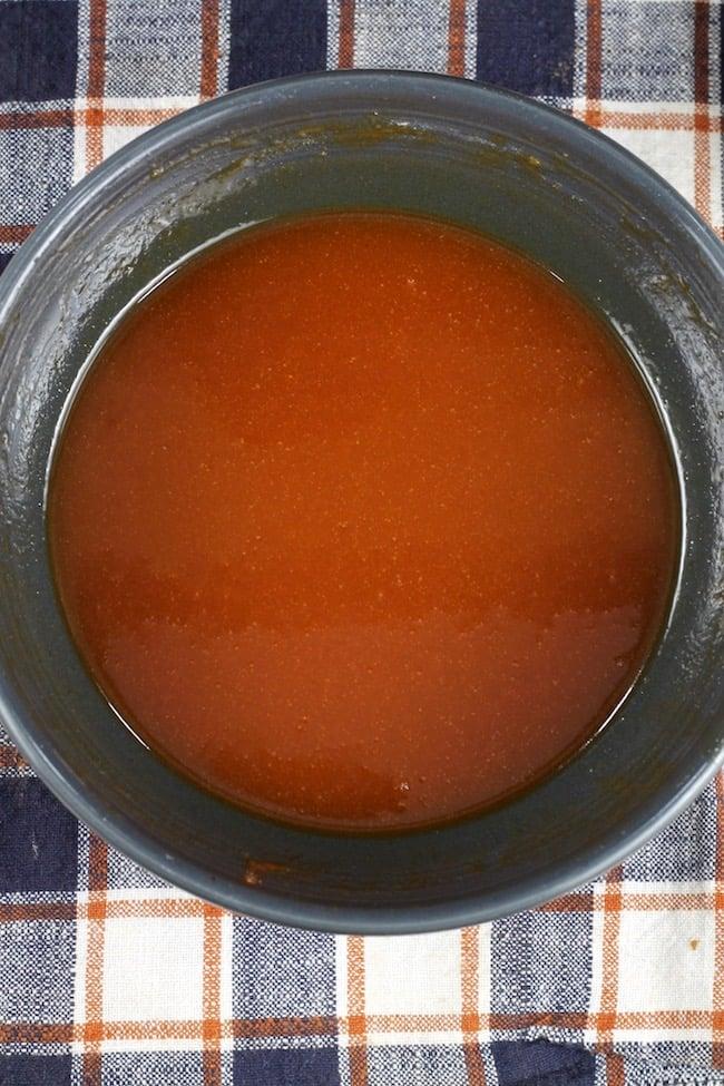 Buffalo Wing Sauce with honey and garlic