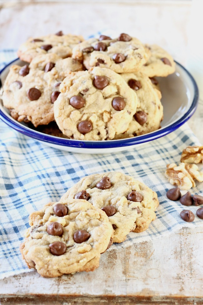 Easy Chocolate Chip Walnut Cookies ~ no chill recipe