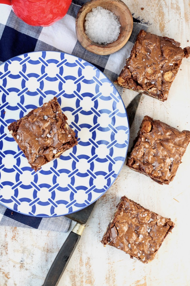 How to make walnut brownies