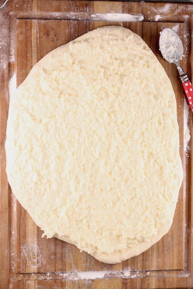 Making Coconut Cream Pie Sweet Rolls ~ Filling