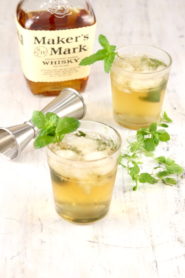 Easy Mint Julep with Makers Mark Bourbon and fresh mint