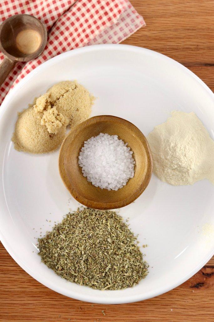 Pie Plate with garlic, Italian seasonings and brown sugar, and salt