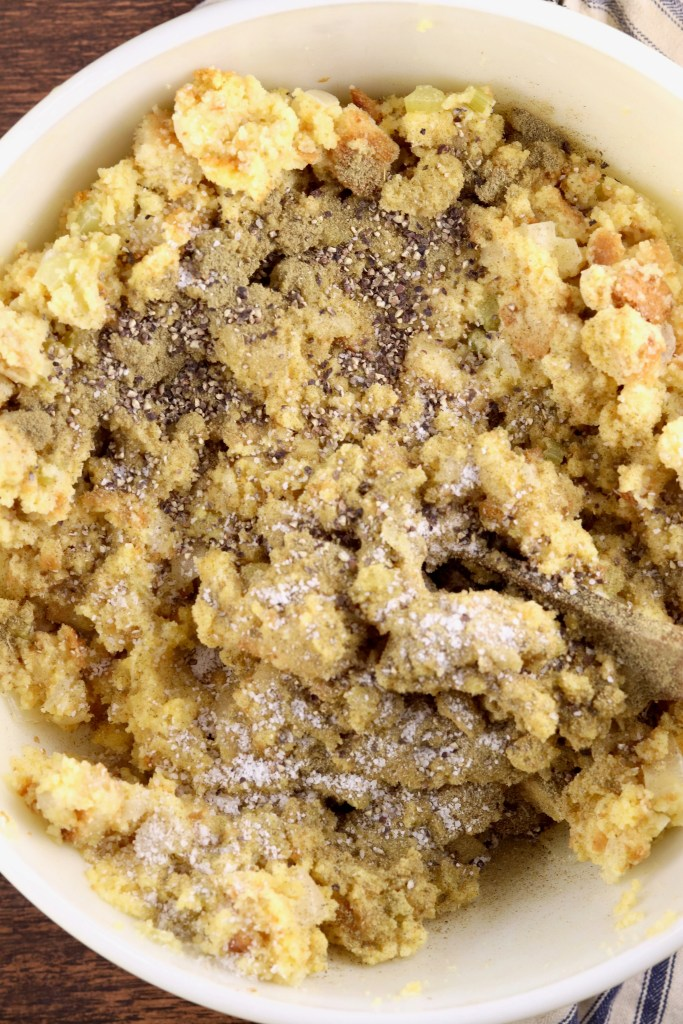 Seasonings in cornbread dressing mix