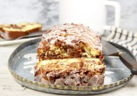 apple fritter cake sliced