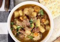 Beef Stew with saltine crackers