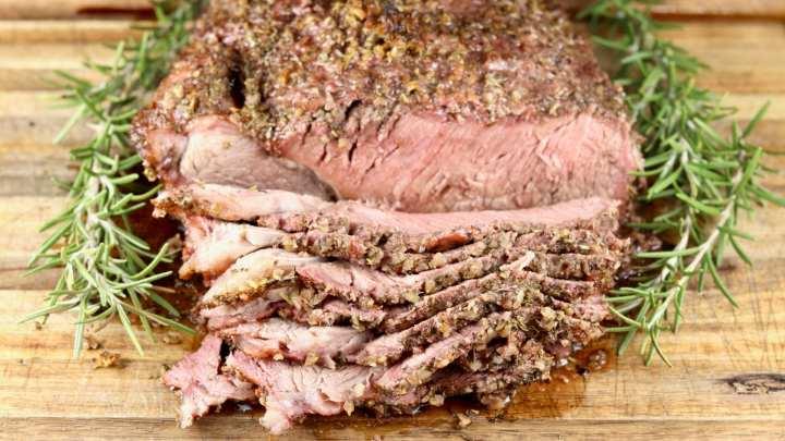 Roast Beef sliced on a cutting board