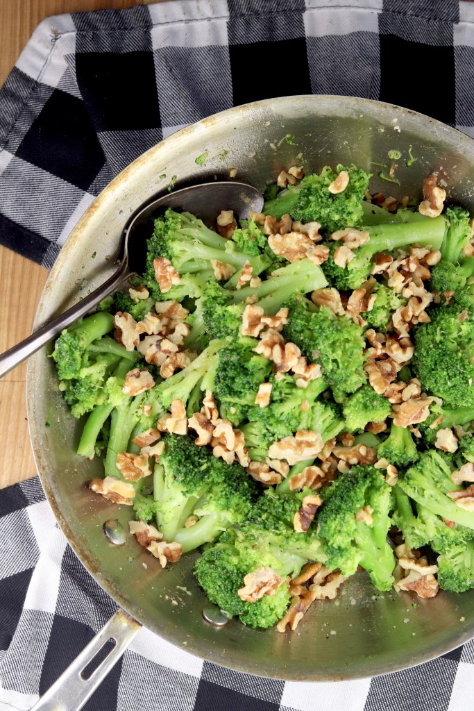 broccoli with walnuts