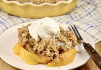 Easy Peach Crisp Dessert