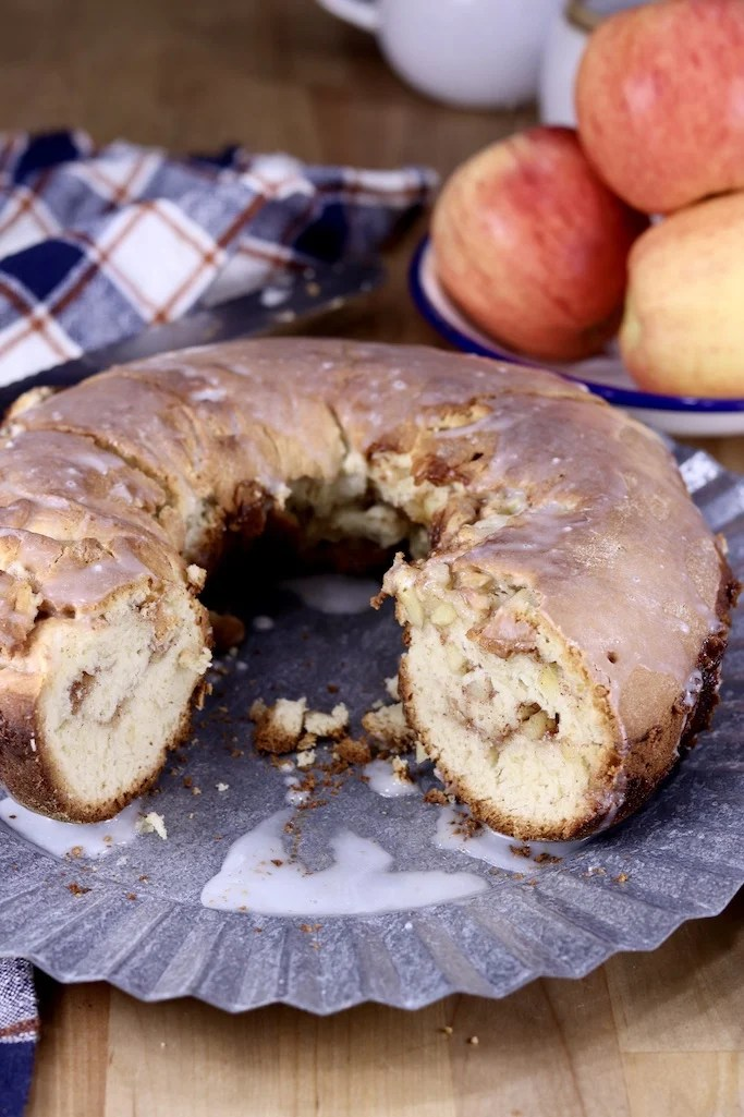 Apple bundt cake on a galvanized platter