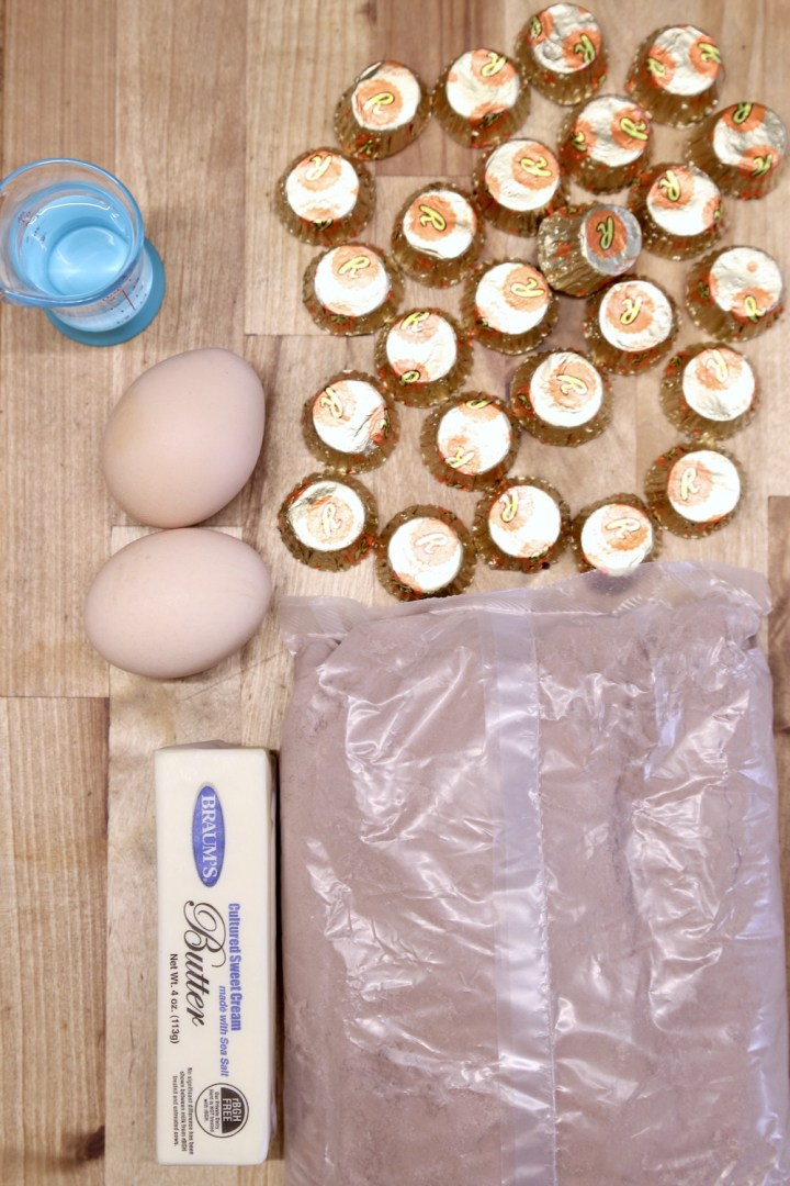 Ingredients for peanut butter cup brownies