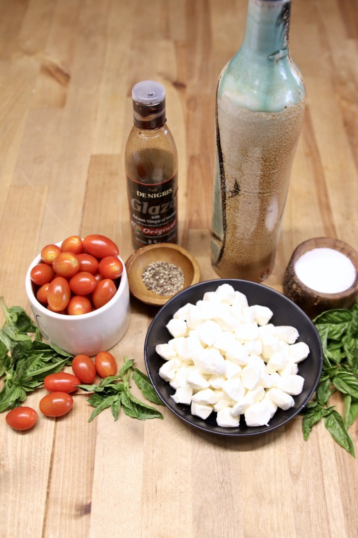 ingredients for caprese appetizers