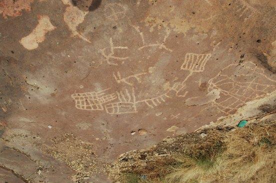 incisioni rupestri: racconto della creazione secondo i Dogon