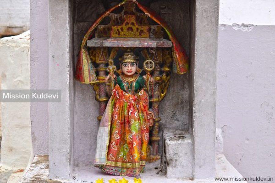 Idol of Ganga Mata at Maharao Lakhansi Baori in Ashapura Mata Temple Nadol