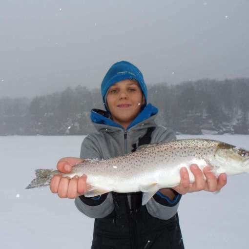 ice fishing in ashland wisconsin