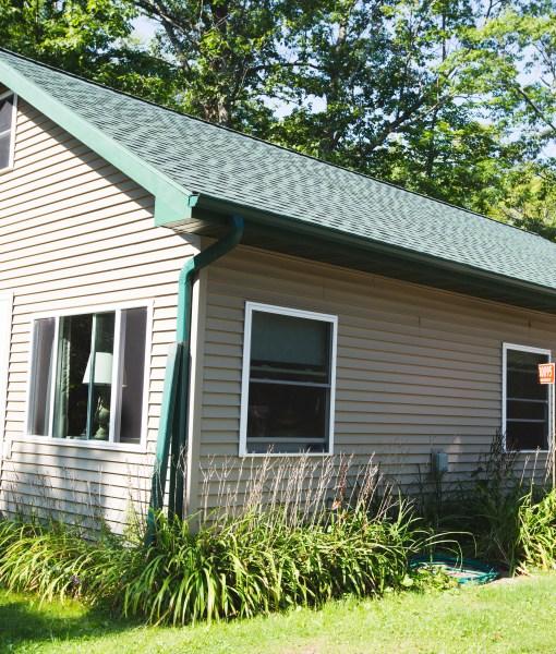 Cottage 4 exterior