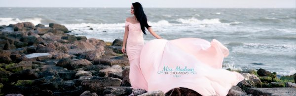 Maternity Gown Photo Shoots, jersey knit dress, sweetheart neckline, off the shoulder cap sleeves, extended train