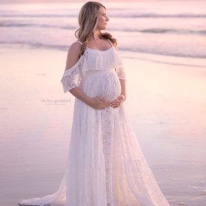 boho maternity maxi dress, maternity dresses for photoshoot, maternity dresses for photography, baby shower dresses, maternity gown, boho, lace