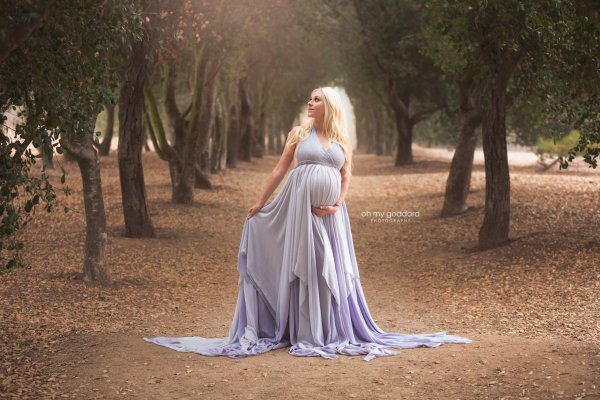maternity dresses, chiffon maternity dress, Ombre Chiffon, maternity dresses for photoshoot, maternity dresses for photography, baby shower dresses, maternity gown, halter, chiffon, ombre, jersey,